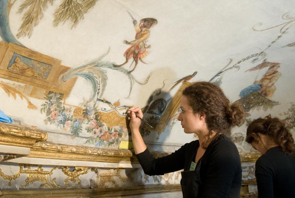 Chateau de passion restored - 4 10