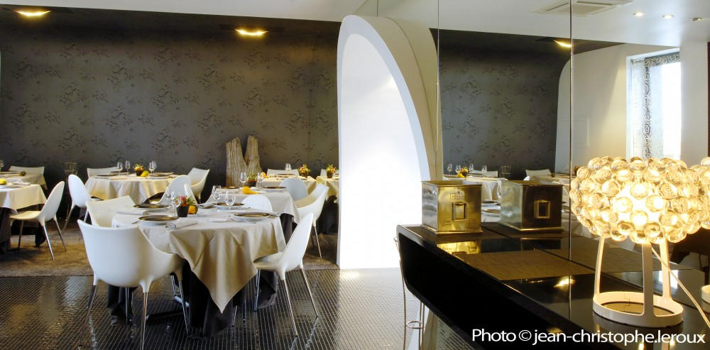 noirmoutier restaurant la marine on saint nazaire. Black Bedroom Furniture Sets. Home Design Ideas