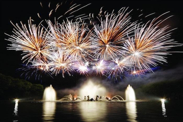 Jardins du Château de Versailles fireworks (Les Grandes Eaux Nocturnes)
