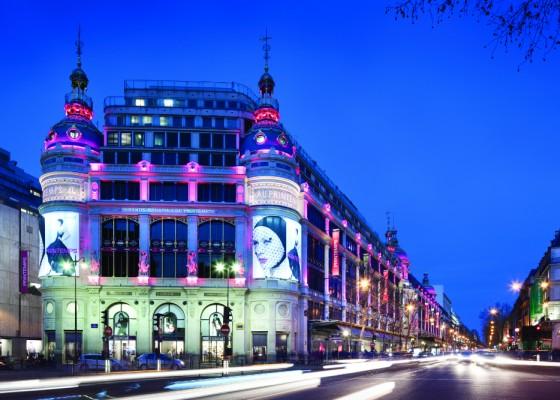 les grands magasins famous department stores of paris. Black Bedroom Furniture Sets. Home Design Ideas