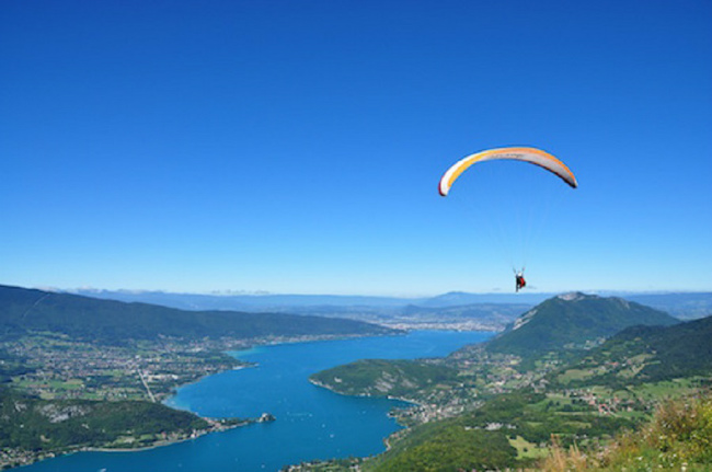 Lac d'Annecy, as seen from above