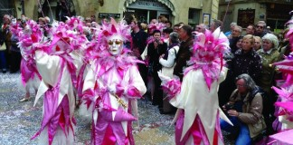 Fécos during one of the Carnaval's afternoon parades