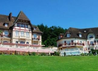 courtesy of Château de la Tour