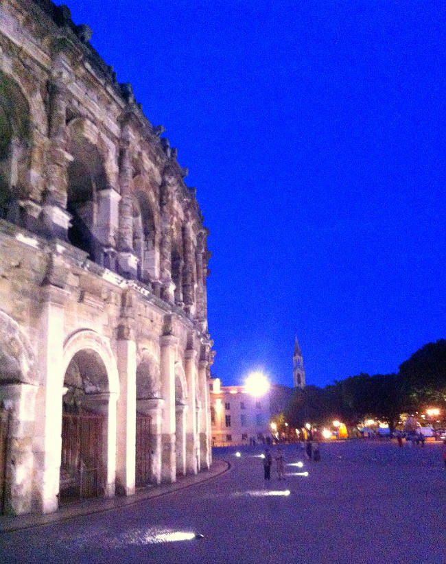 Nimes at night