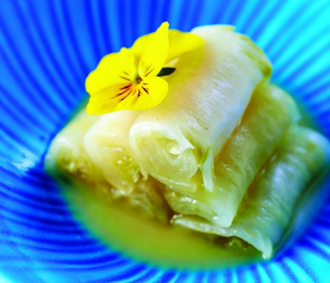 chef's rouleaux de chou marin, sea kale rolls/ ®Winkelmann