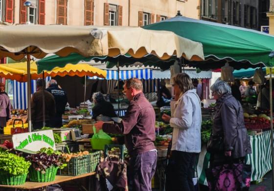 Saturday market, Vienne