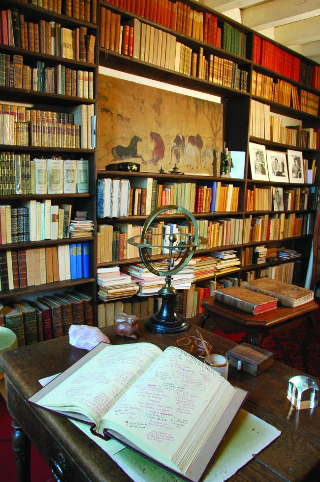 The library. photo: Association des Amis de Giono