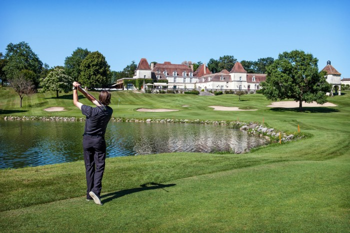 7 great places to play golf in france. Black Bedroom Furniture Sets. Home Design Ideas