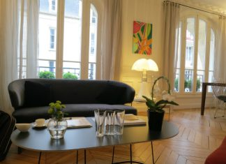 Lounge at Relais 12 Bis Paris