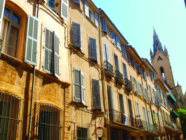 slowing the pace of life in aix en provence. Black Bedroom Furniture Sets. Home Design Ideas