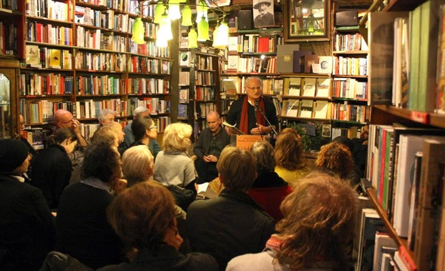 Author Jeffrey Greene at a book reading