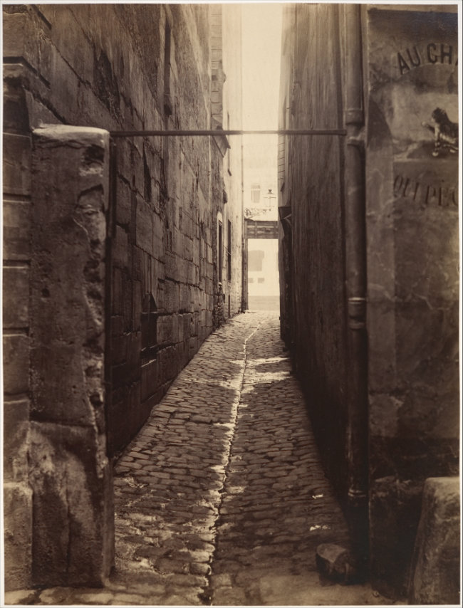 Charles Marville, Rue du Chat qui Pêche (from the rue de la Huchette), 1868