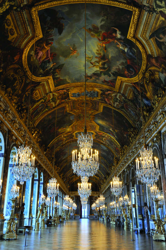 The magnificent Galerie des Glaces