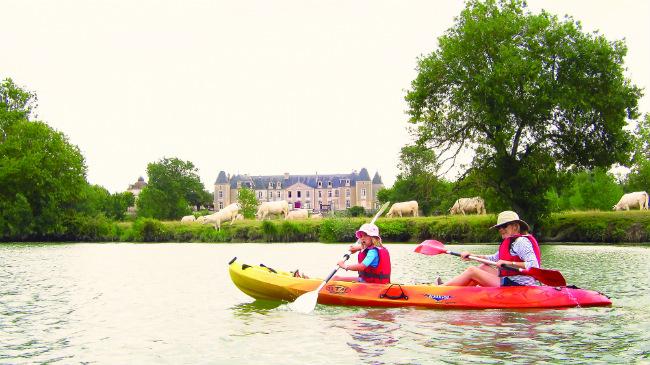 kayaking at Port-d'Envaux