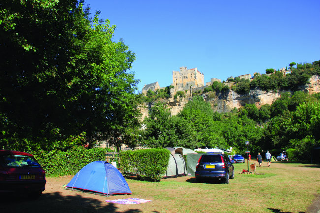 Le Capeyrou Beynac – near the banks of the Dordogne, in the shade of the magical Beynac castle.