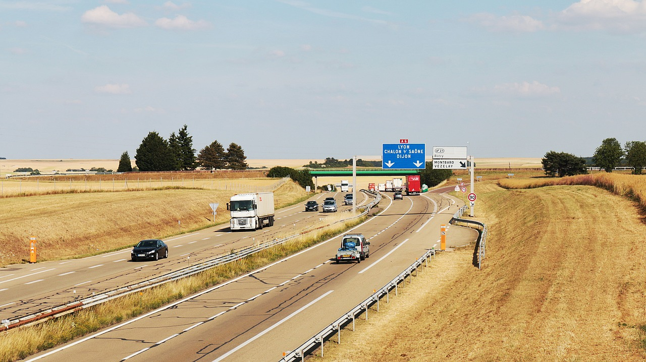 35e94c52b0d autoroute-france-by-luctheo-via-pixabay-cc0 | France Today
