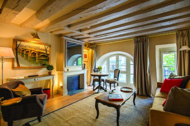 Ceron Apartment at Place Dauphine (Paris Perfect)