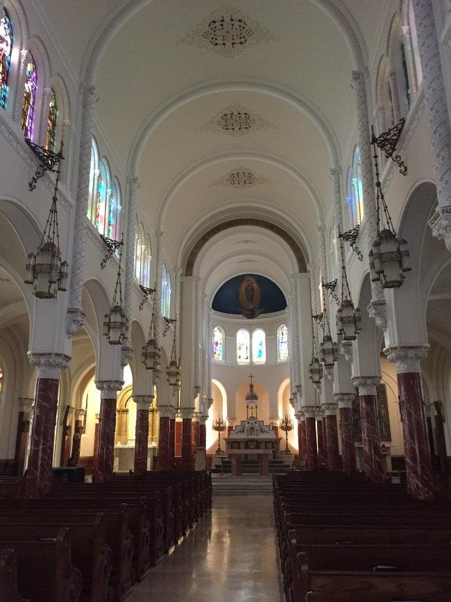 Église Notre-Dame-des-Victoires in San Francisco.