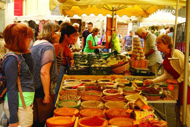 St-Rémy-de-Provence market