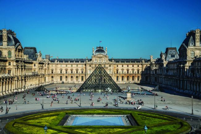 Pavillon de l'Horloge at the Louvre