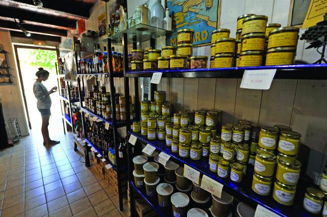 Charroux Mustard boutique