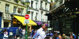 Popular Montorgueil Terrace, Le Compas