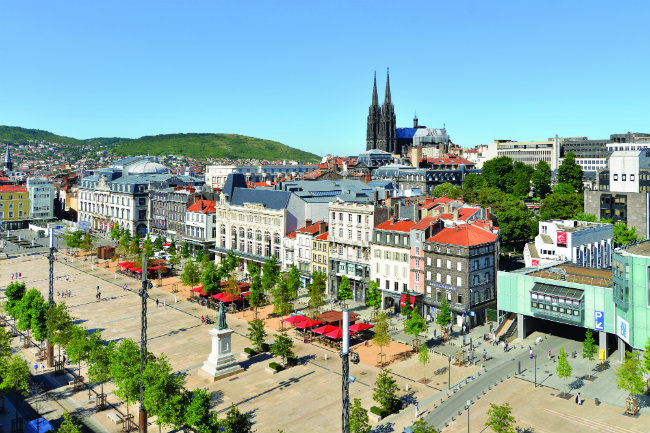 Place de Jaude in the centre of Clermont-Ferrand