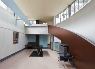 The Gallery of the Maison La Roche