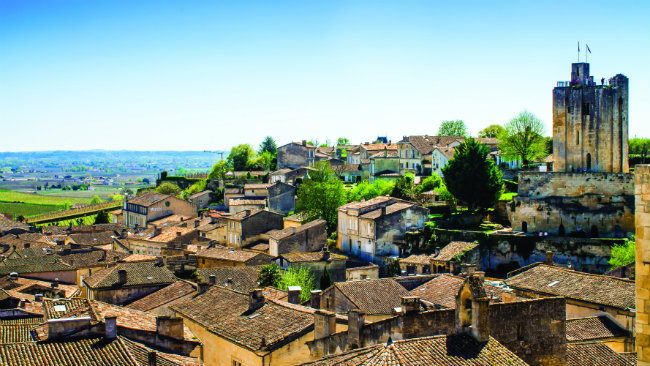 Great destinations in france bordeaux and wine country for Best time to visit wine country
