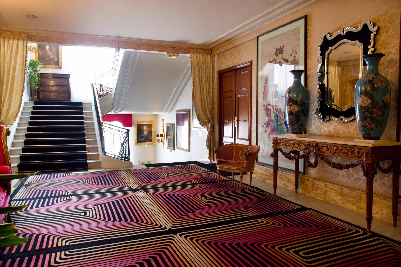 Le Negresco  A Living Art Hotel In Nice