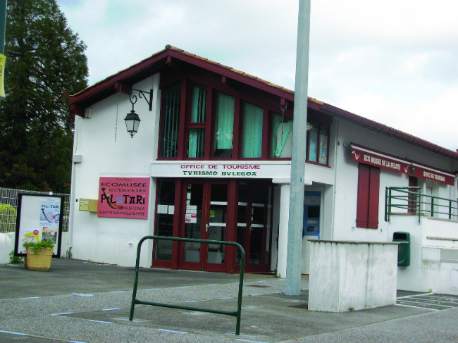 12 great places to visit in the french pays basque - Office de tourisme saint pee sur nivelle ...