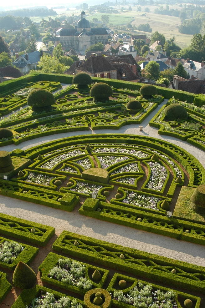 French Formal Topiary Gardens