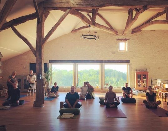 Happy hamlet yoga