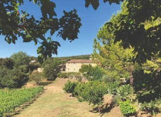 Accommodation In France French Hotels B Bs Apartments
