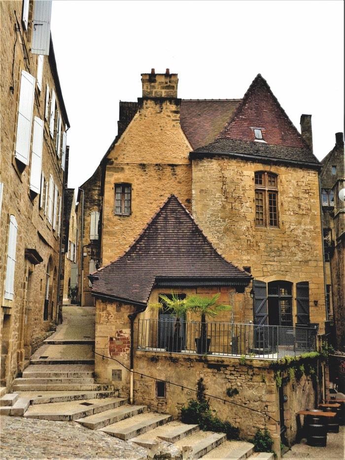 The gateway to Dordogne