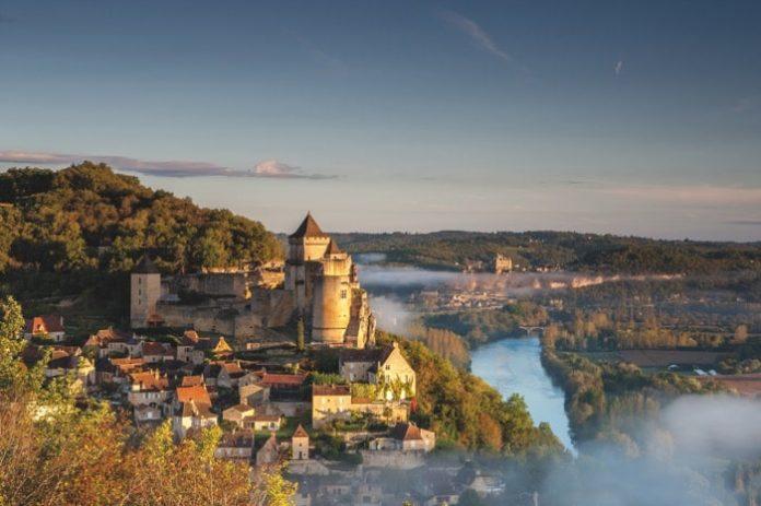 Beynac-eat-Cazenac in the Dordogne