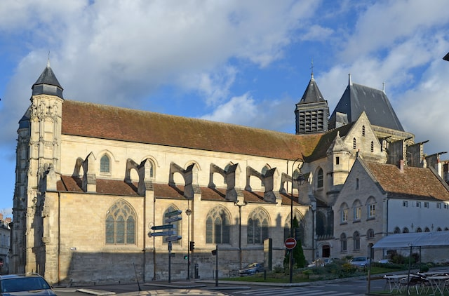 Compiègne Saint Antoine church