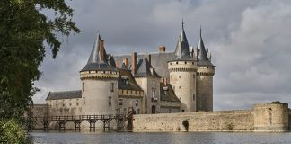 Château de Sully-sur-Loire in all of its fairy tale magnificence. Photo: Dawn Dailey