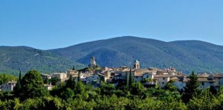 Provence's picturesque Vaucluse, in The Luberon.