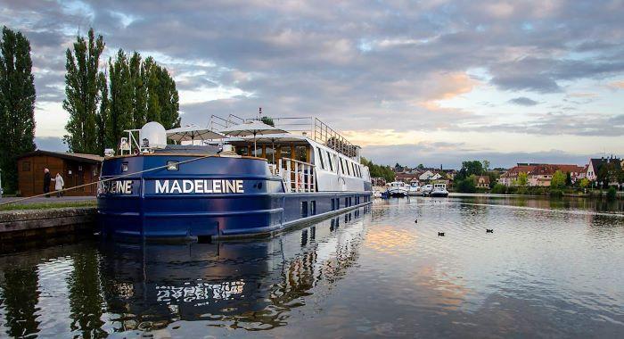 peniche-Madeleine-face01-CroisiEurope-167317©Bill Maloney