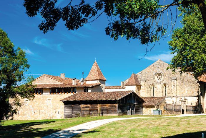 Flaran Abbey, a former Cistercian abbey near Valence-sur-Baïse, has been reimagined as a regional centre for the arts