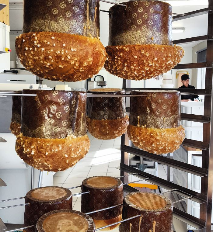 The students create organic breads and pastries at Thomas TeffriChambelland's schoo