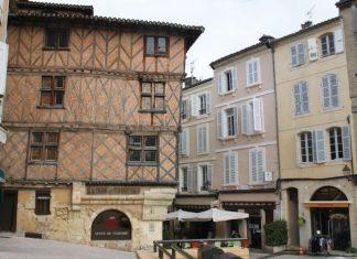 Auch, historic centre