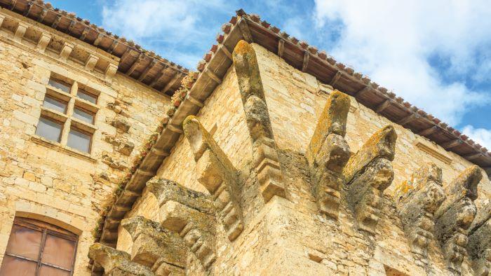 Lavardens castle