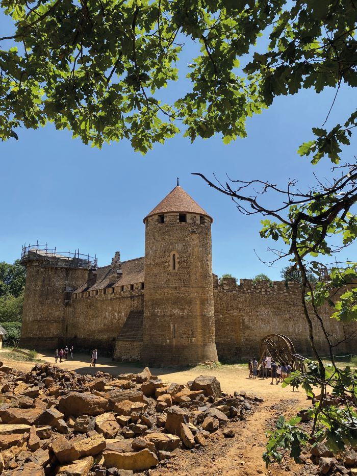 The 'medieval' castle of Guédelon where you can witness history in the making (Photo Maud Humbert, Bourgogne-Franche-Comté Tourisme