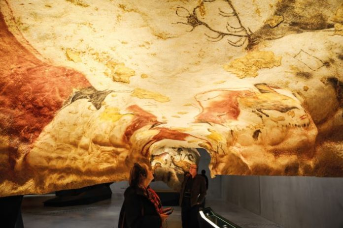 The Lascaux Cave paintings, discovered by chance by teenagers in 1940, are among the most important in the world © Shutterstock