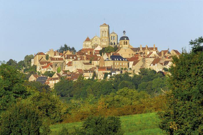 Village of Vézelay (Photo Alain Doire, Bourgogne-Franche-Comté Tourisme