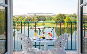 The beautiful view from La Côte Saint Jacques et Spa (Photo La Côte Saint Jacques, Bourgogne-Franche-Comté Tourisme)